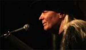 Johnny Winter Sun 2/12/2012 7:00